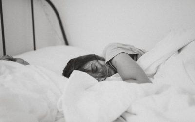 Pourquoi le sommeil profond est important pour votre corps et votre esprit, et comment le trouver?
