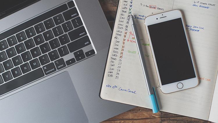 Planifier son travail et prévoir des pauses : la clé pour économiser de l'énergie